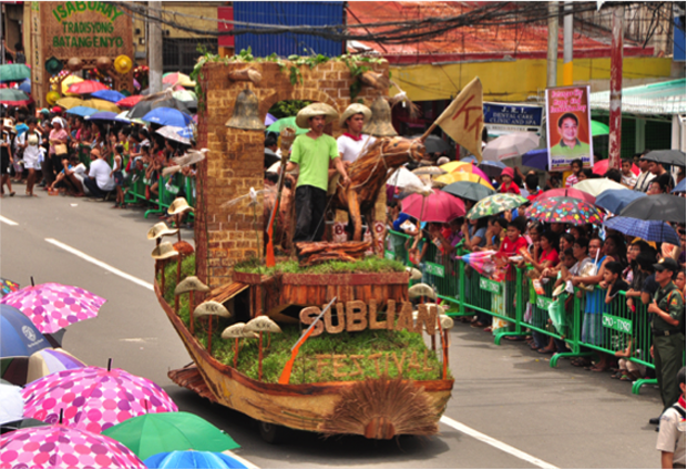 float parade in sublian festival 2